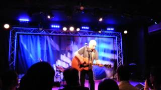 Watch The Moon Come Down - Graham Parker - New Morning (Paris, 24.09.2013)