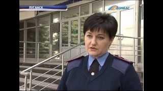 ТК Донбасс - Автомобиль охранной фирмы сбил человека(, 2013-04-05T19:56:26.000Z)