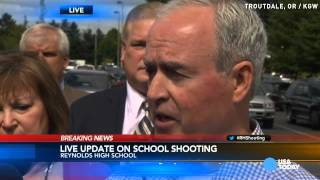 Student and shooter dead in Oregon school shooting