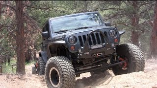 2013 Rock Devouring SRT 6.4L HEMI Jeep Wrangler Reviewed (Part 2)