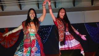 Chane Ke Khet Mein/Nagada Sang Dhol Dance