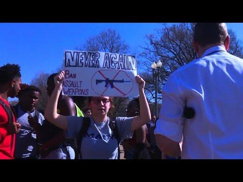 Manifestation anti-armes à feu devant la Maison Blanche