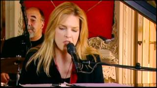 Watch Diana Krall Abandoned Masquerade video