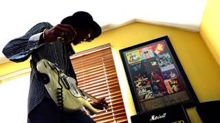 Marshall Studio Vintage 20w (SV20H) Amp threw SC212 Cab..