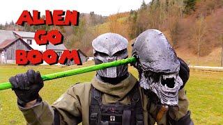Alien Fatality!   Real Life Mortal Kombat X Alien Fatalities! - Alien Go Boom
