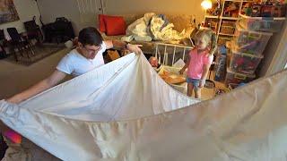 Обзор покупок из ИКЕА. Папа забрал подушку Ульяны себе.