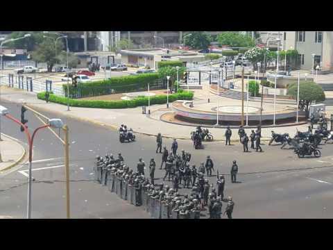 GNB acordona adyacencias al Palacio de Justicia en Maracaibo tras dispersar marcha