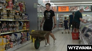 SHOPPING WITH A WHEELBARROW