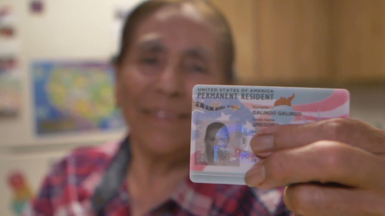 ¡El emotivo video de una madre inmigrante y trabajadora!