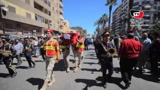 محافظ بورسعيد يتقدم جنازة شهيد سيناء «محمود أبو جمرة»