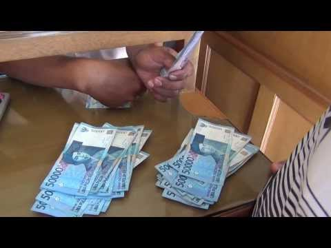 Money Changing in Bali