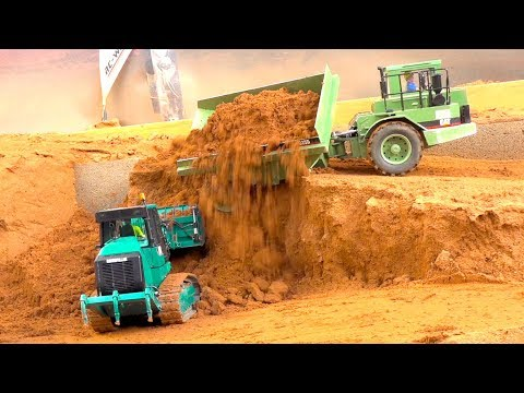 MINDBLOWING RC TRUCK AND CONSTRUCTION EQUIPMENT I CONSTRUCTION WORLD I MAN I LIEBHERR I AROCS