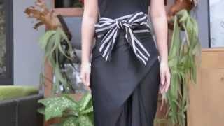 Dewi Fashion Knights 2015: Tutorial Memakai Rok Lilit Oleh Lulu Lutfi Labibi (1/2)