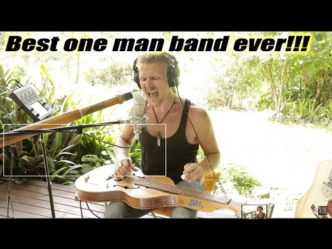 One man band: naTHAN Kaye - slide guitar & didgeridoo simultaneously #burningthecandle