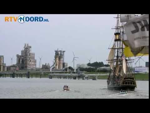 HMS Bounty vertrekt uit Delfzijl