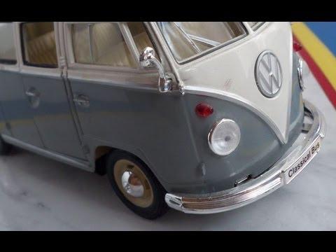 VW Volkswagen Transporter T1 model car in scale 1:24 by Welly