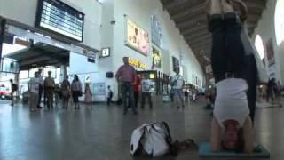 "Flashmob Stuttgart Hbf - Train Station ""Freeze für K21 - Teil 2""- 21.08.2010"