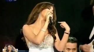 Nancy Ajram-Ana Yalli Bahebak(LG Concert 2007)