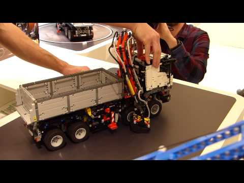 spielwarenmesse 2015 lego technic crawler crane 42042. Black Bedroom Furniture Sets. Home Design Ideas