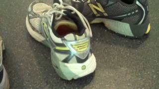 How To Choose The Right Running Shoe - Aovid Injury!