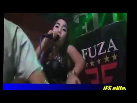 DANGDUT HOT DI SODOK DI SAWER DI SUSU