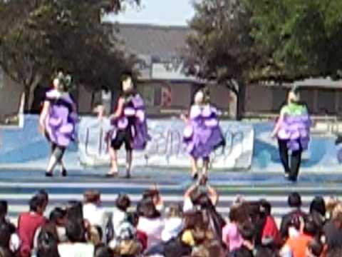 De Portola Middle School Lip sync 2009 2