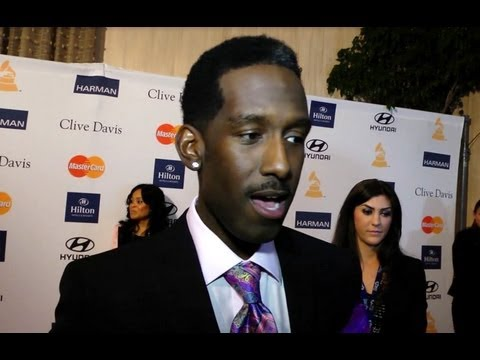 Shawn Stockman 'Boyz II Men' Interview- 'The Package Tour' with NKOTB & 98 Degrees!