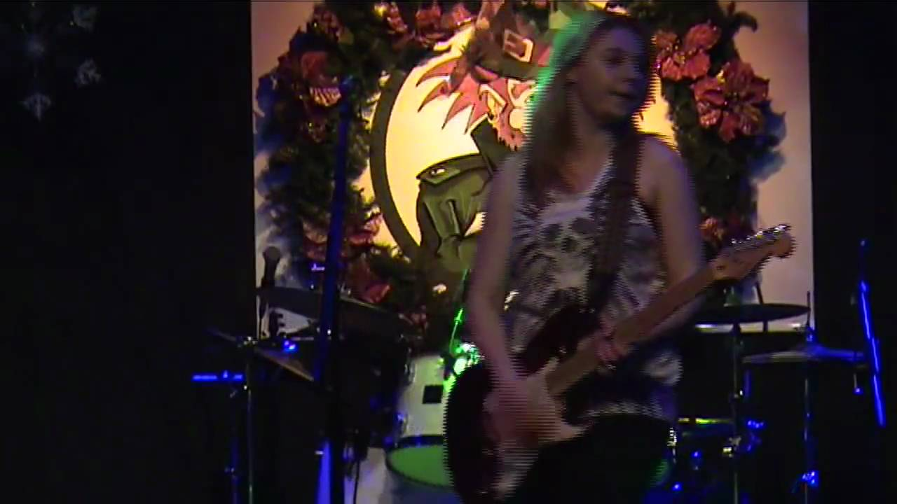 joanne-shaw-taylor-goin-down-livegigvideo1