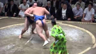 20130921 大相撲秋場所7日目 鶴竜 vs 隠岐の海.