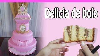 Bolo de  aniversário  infantil princesa realeza decorado com pasta americana em Fortaleza-CE