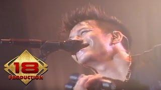 NOAH - Menghapus Jejakmu (Live Konser Padang 2013)