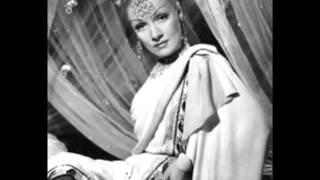 Marlene Dietrich, Hot Voodoo !