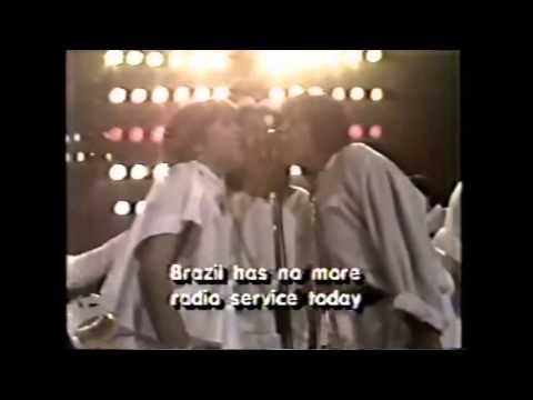 Joelho de Porco e a Última Voz do Brasil