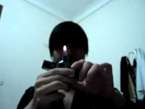 Video Nghịch zippo - Clip Nghịch zippo - Video Zing.mp4