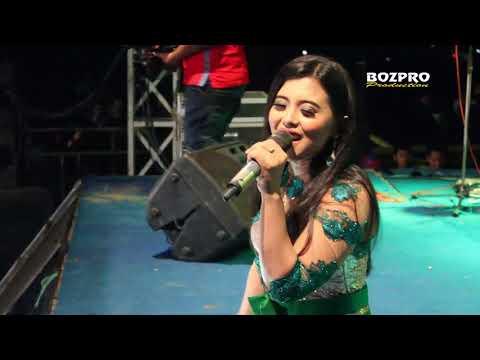 UNGKAPAN HATI VOC RIA MUSTIKA NEW MANDALA LIVE GEDANGAN 2017