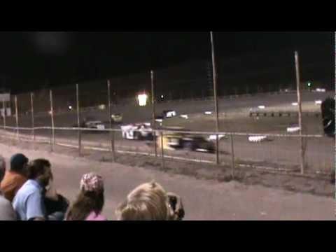 Rio Grande Raceway - Modified feature race- 9/28/2012