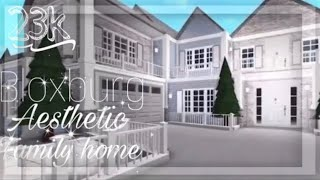 ♡Bloxburg build    Roblox    Aesthetic Family home    Exterior only !    ~23k~ ♡