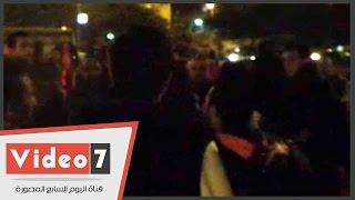 """بالفيديو.. أنصار يسرى نجيب يحتفلون بفوزه بمسيرة أمام اللجنة العامة بـ""""عين شمس"""""""