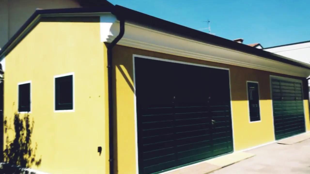 Bedendo prefabbricati box auto con rivestimento youtube for Capannoni in legno prezzi
