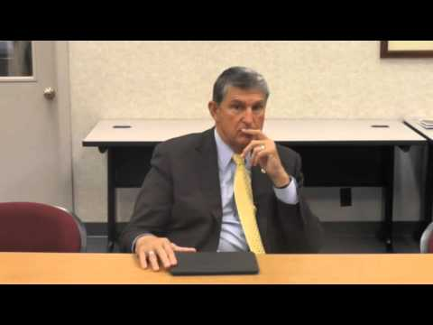 Manchin meets with editorial board 10-3-15