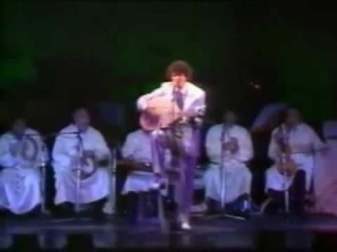 Download Enrico Macias - Binel barah ouel youm  (Olympia 1982)