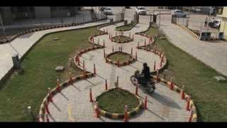 Two Wheeler Test (Serpentine Track)