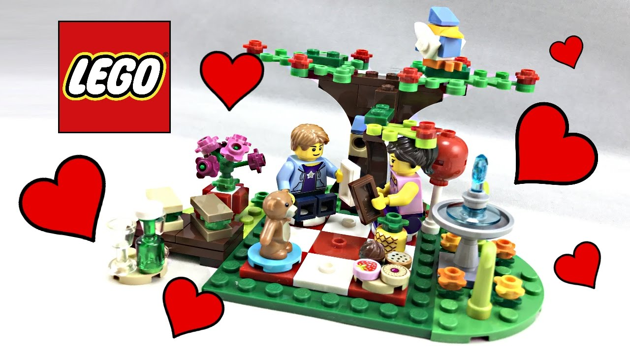 LEGO Romantic Valentines Day Picnic Review 2017 Set