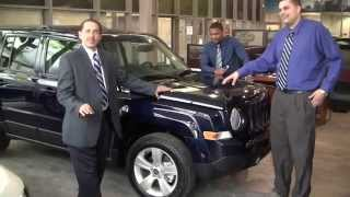 The 2014 Jeep Patriot in New York Yankees Blue