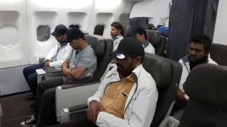 Plane full of Ahmadi Muslims praying in congregation in flight