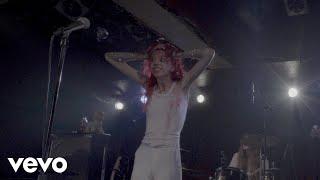 Смотреть клип Starcrawler - Love's Gone Again