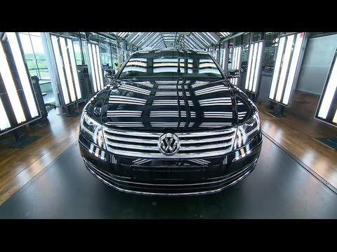 Inside VW's Transparent Factory | The Edge