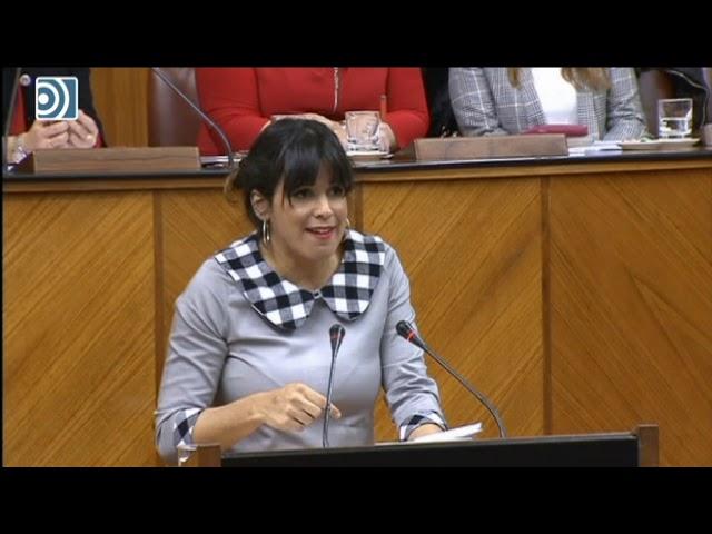 Teresa Rodríguez llama el niño de las pistolas a Santi Abascal