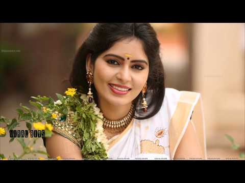 ACTRESS NAVE SEXY IN TRADITIONAL ONAM SAREE