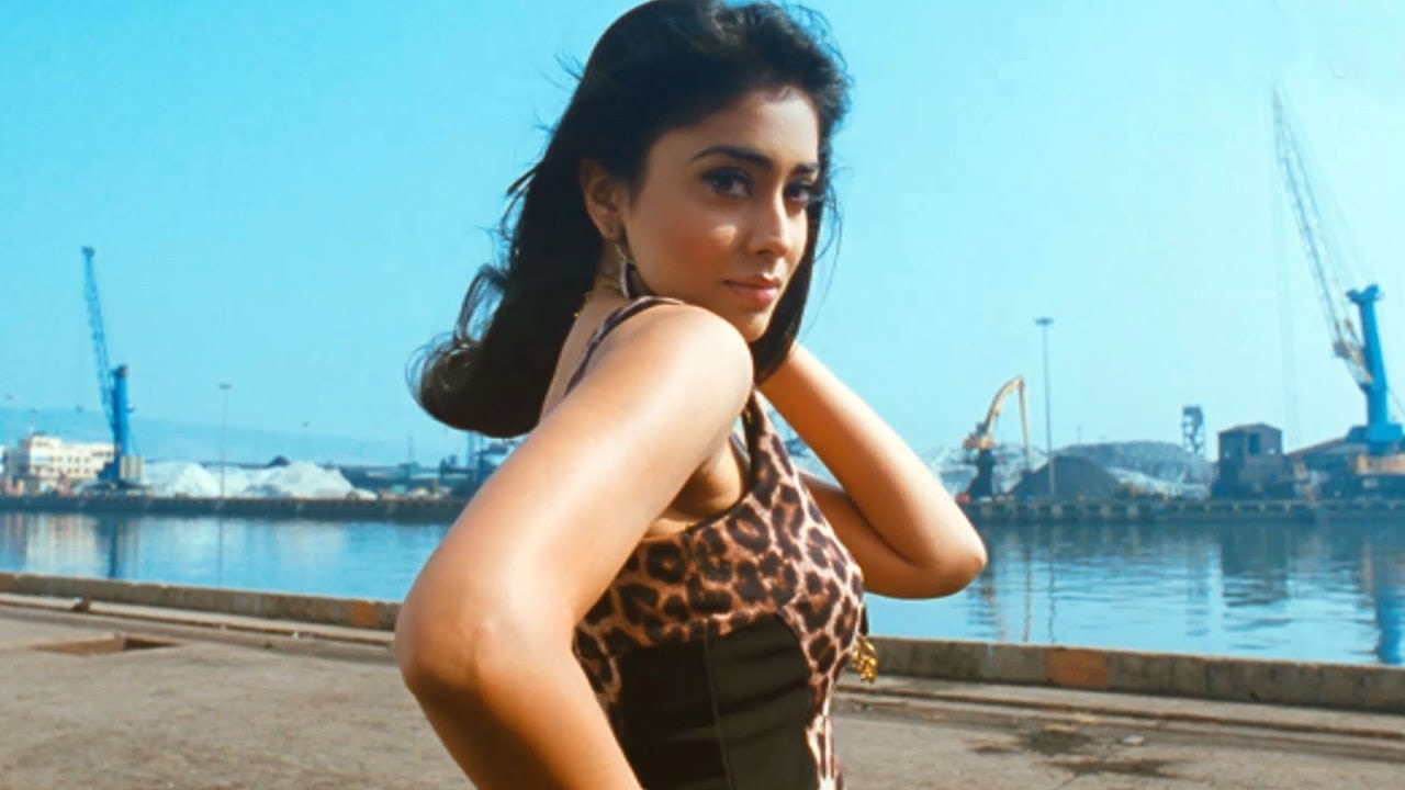 Shriya Saran Video Songs - Blackberry Song - Volga Videos